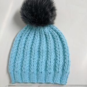Other - Toddler knit beanie pom pom hat